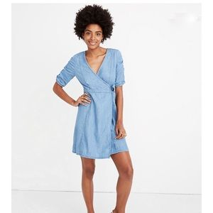 NWT Madewell Shirred Sleeve Denim Wrap Dress